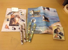 7 Piece Cat Dog Themed Giftware Set, Cat Gift Bag, Dog Gift Wrap, 4 Pens, Cards