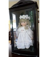 LOVELY COLLECTIBLE ASHLEY BELLE DOLL & BLACK GLASS DISPLAY CASE - $79.13