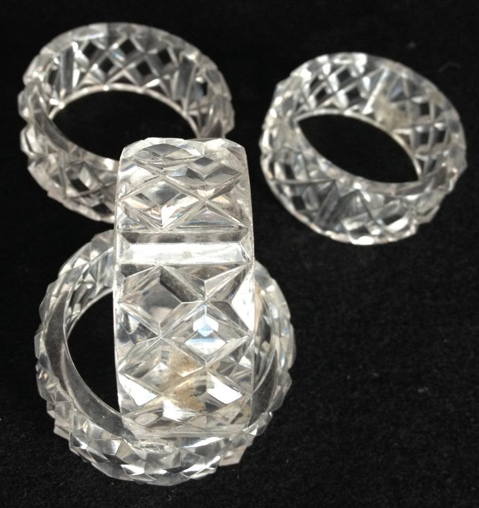 Vintage Retro Clear Plastic Napkin Ring Holders Diamond Set of 4