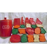 Red  Cookie Tin and Assorted Cookie Cutters - £6.42 GBP