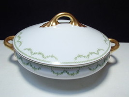 Rosenthal Selb Bavaria Covered Vegi Bowl~~green garland decoration - $9.95