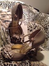 "Steve Madden ""TALISA"" Champagne Open-Ruffle Toe Dress Pump Women's Size 9M - $22.71"