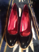EUC ! NINE WEST Women's Genuine Patent Leather Platform Pump *SEXY* Shoe... - $21.03