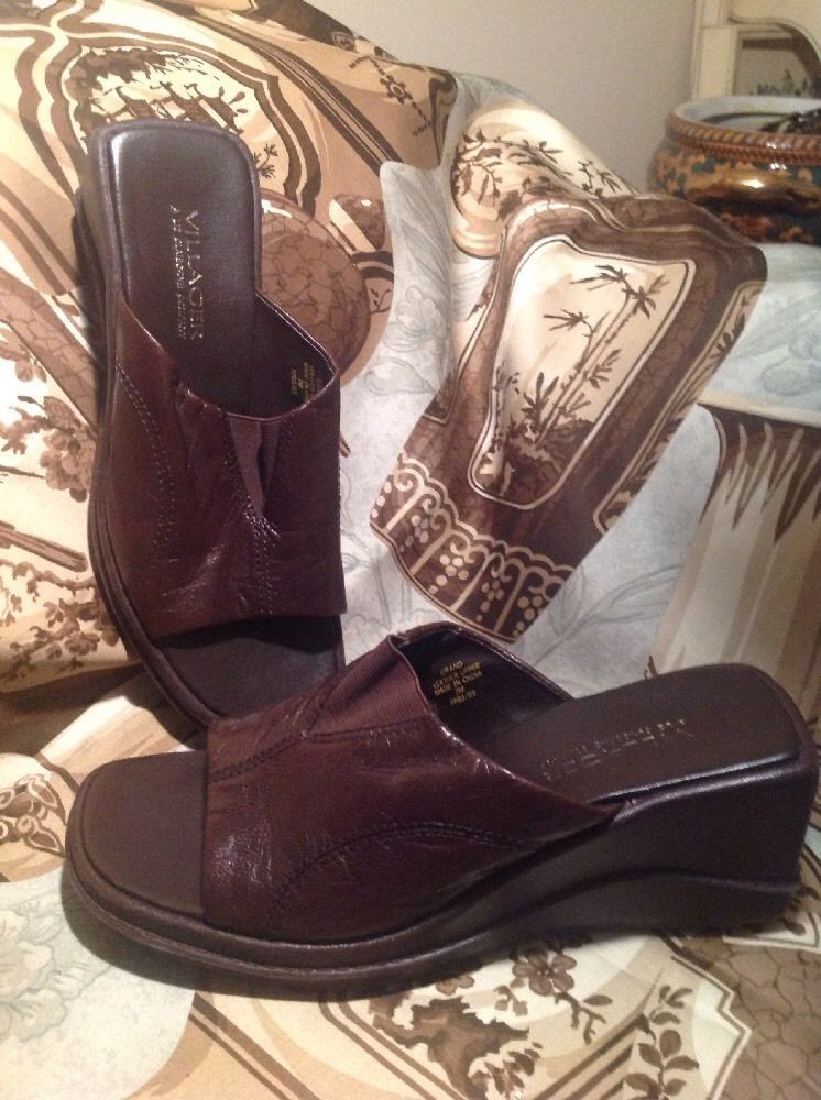 095295c011b650 Women s BROWN Leather Villager Liz Claiborne Slip on Slides Sandals SZ 7M  SHOES -  21.03
