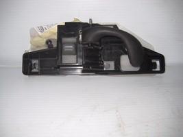 Chevrolet Blazer 2003 Right Front Interior Door Handle OEM - $8.77