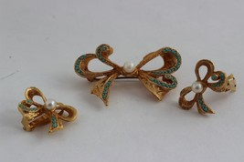 Rare Vintage Signed SPHINX Ribbon Brooch and Earring Set - $103.95