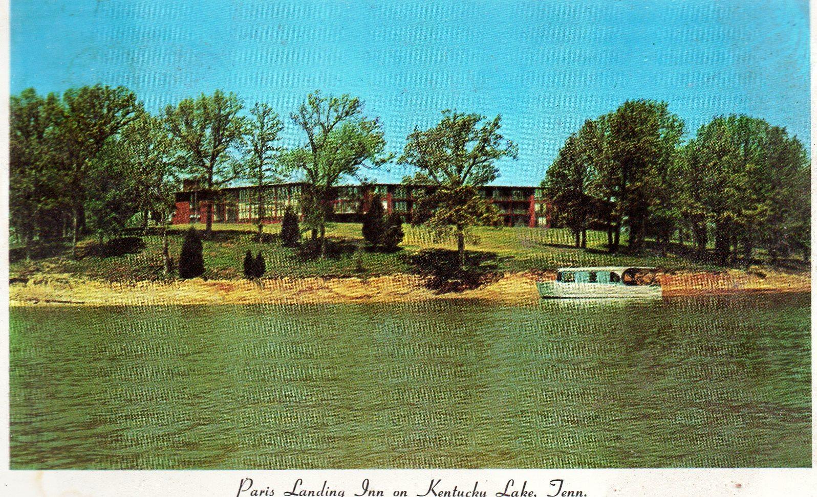 Paris Landing Inn on Kentucky Lake, Tennessee (vintage 1970s) postcard -used - $4.00