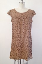 Lace Dress Size 10 Tan and Black Cap Sleeves Knee Length B5 - $25.74