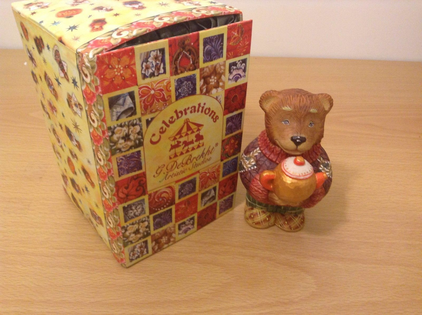 G. DeBrecht Resin Bear Figurine Golden Tea With A Golden Friend New In Box