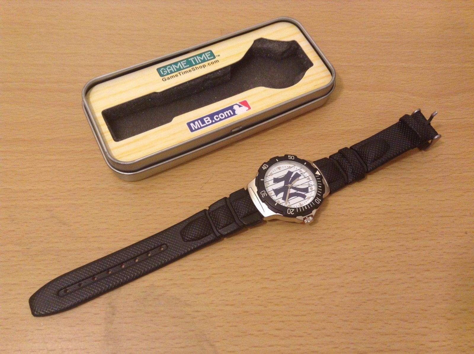 Game Time Official Licenced NY Yankees Wrist Watch New In Box Quartz Analog
