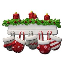 MITTEN FAMILY OF 5 PERSONALIZED HOLIDAY CHRISTMAS TREE ORNAMENT HOLIDAY ... - $9.83