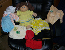 1985 Cabbage Patch Kids Brown Hair Girl Cabbage Patch Airways Lot image 1
