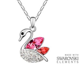 Made with Swarovski Elements Elegant Pink and Red Swan Pendant and Necklace - $222,40 MXN
