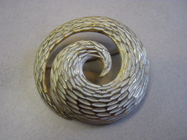 MARKED BSK GOLD AND WHITE SWIRL BROOCH - $9.89
