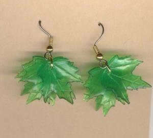 Maple leaf earrings green