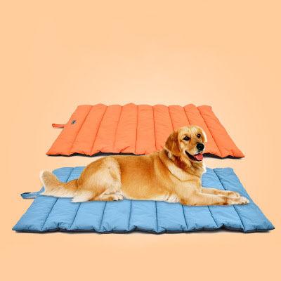 Outdoor Dog Mat Waterproof Pet Bed Portable Pet House Soft Comfortable Dog Beds