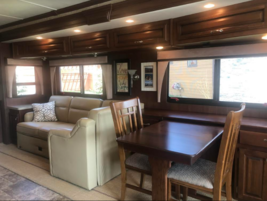 2013 Fleetwood Bounder 35K FOR SALE IN Dickenson, ND 58601 image 3