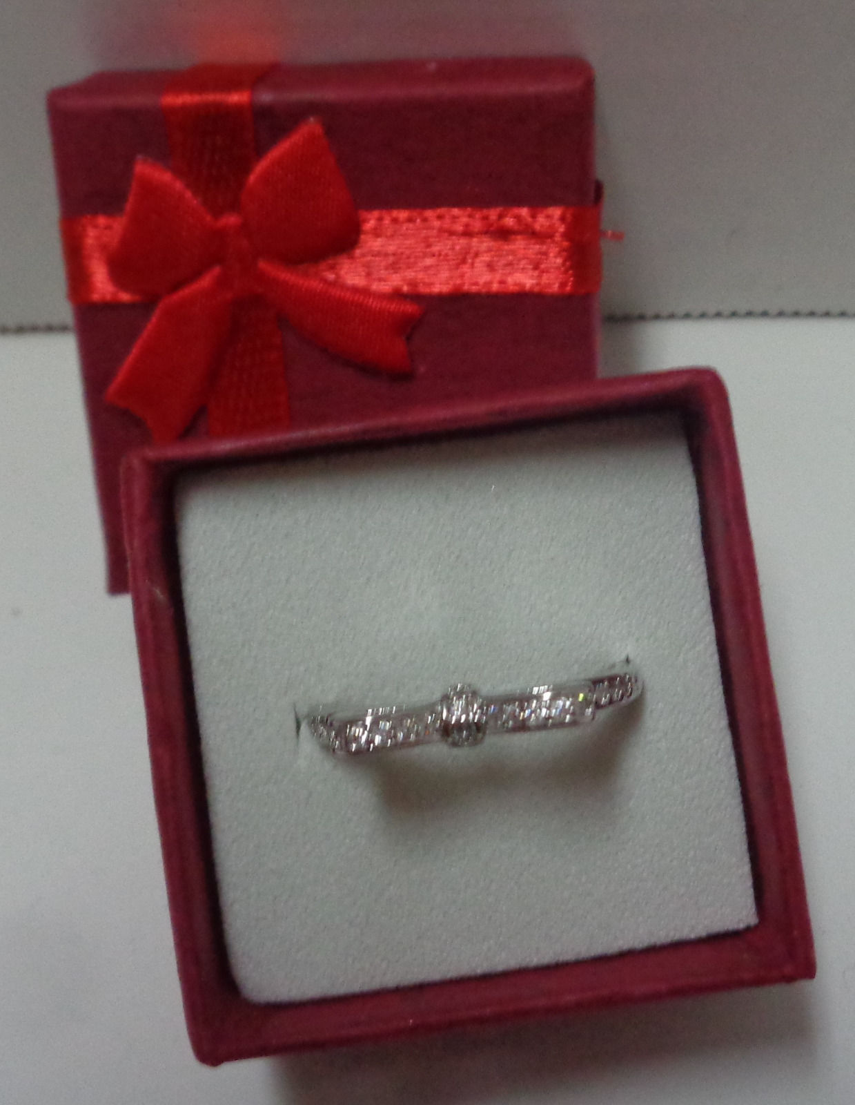 100% Sterling Silver 925 Sparkling Bow Ring Women's Size 9 NIB