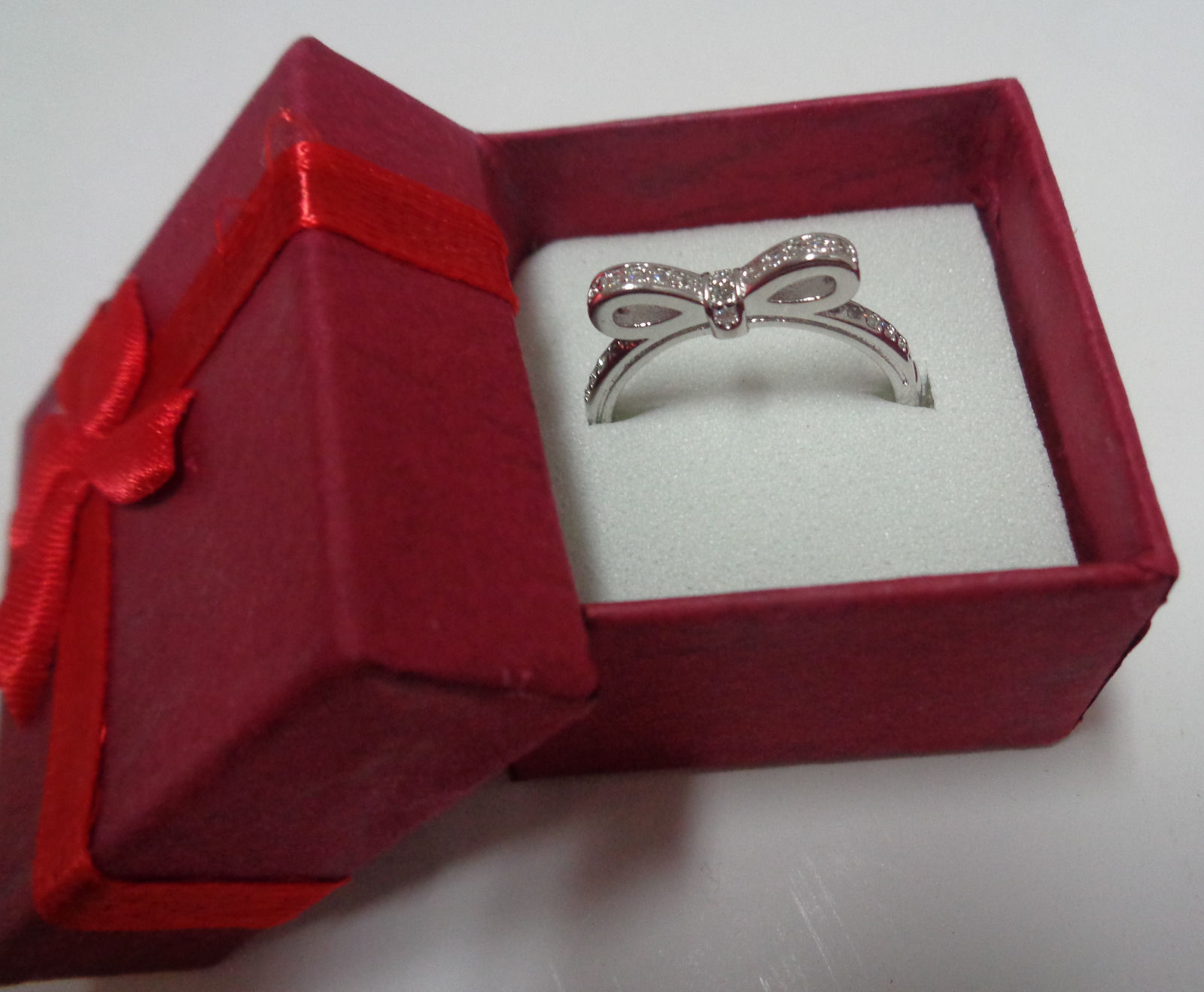 100% Sterling Silver 925 Sparkling Bow Ring Women's Size 6 NIB