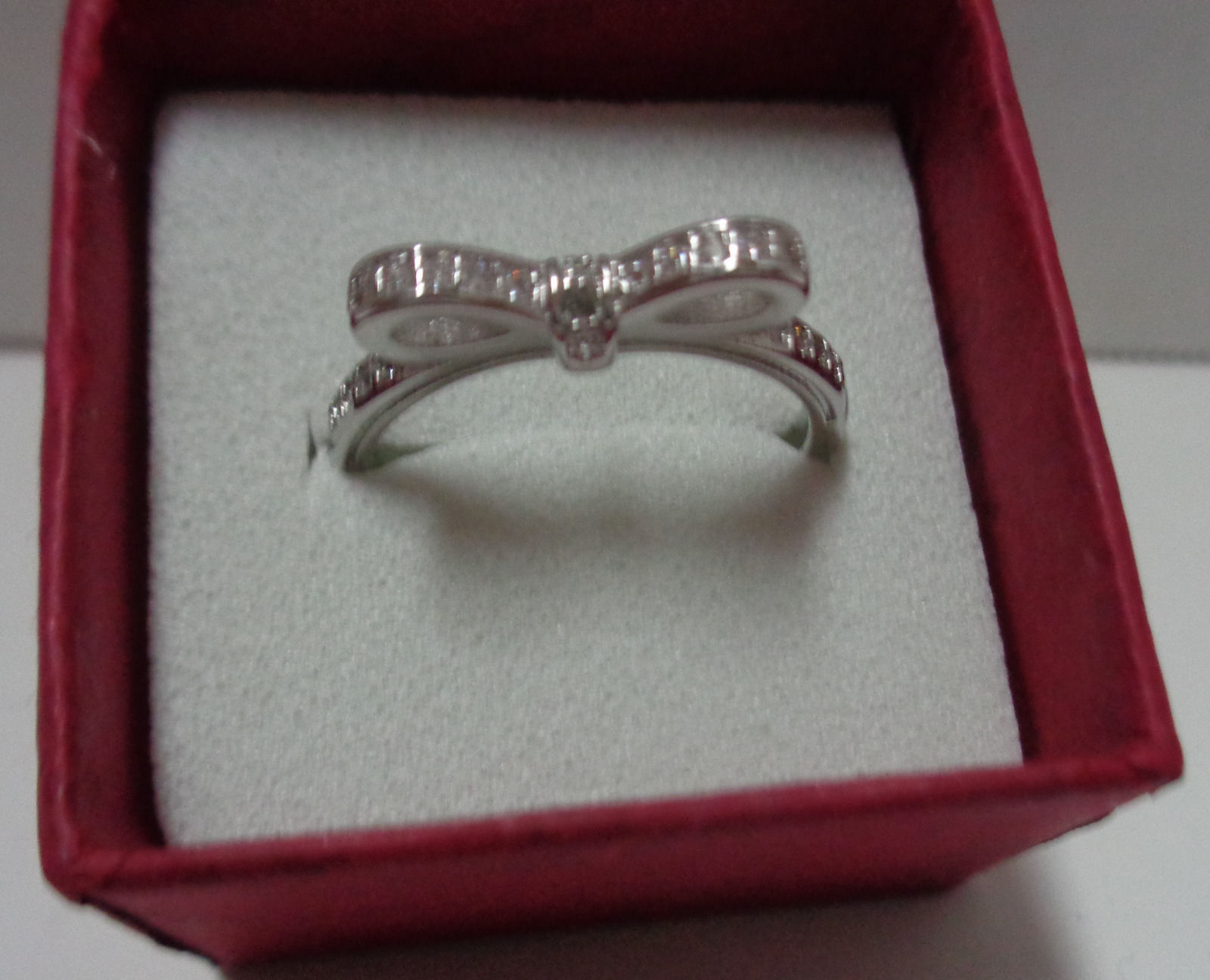 100% Sterling Silver 925 Sparkling Bow Ring Women's Size 8 NIB