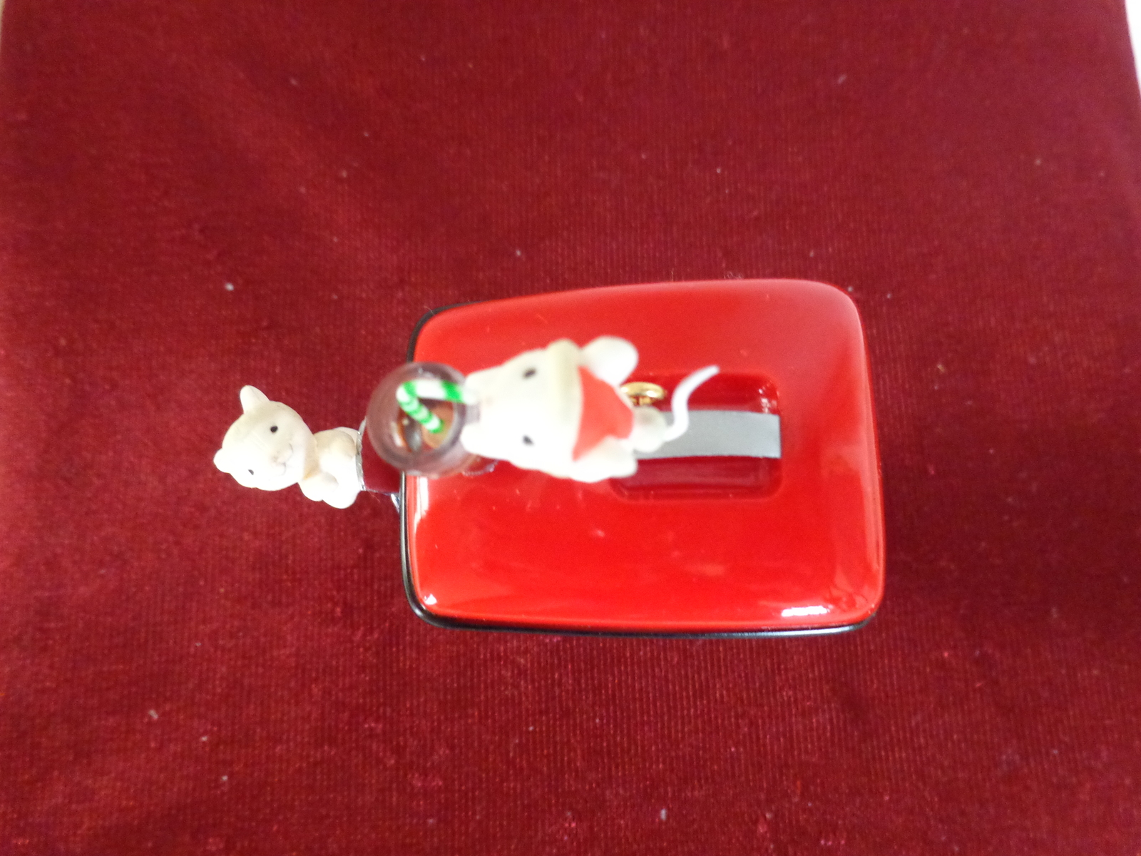 "ENESCO ""HAVE A COKE AND A SMILE"" #571512 HOLIDAY ORNAMENT (#1713)"