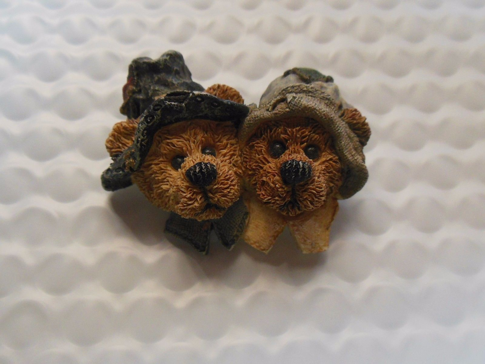Primary image for Alden and Priscilla-Boyds Bears Pilgrim Thanksgiving Pin #2635