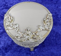 Vintage Filigree Trinket Box Cherubs Glass Dish in Metal Gilded Base Vic... - $18.46