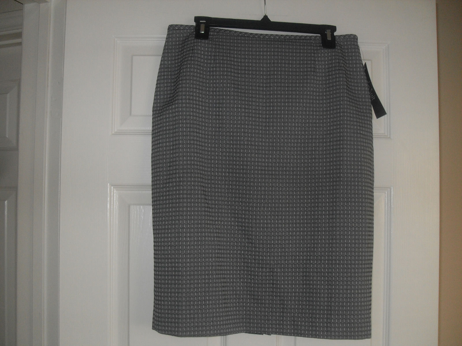 Le Suit New Quebec Womens Grey Straight Pencil  Skirt     10P - $10.99