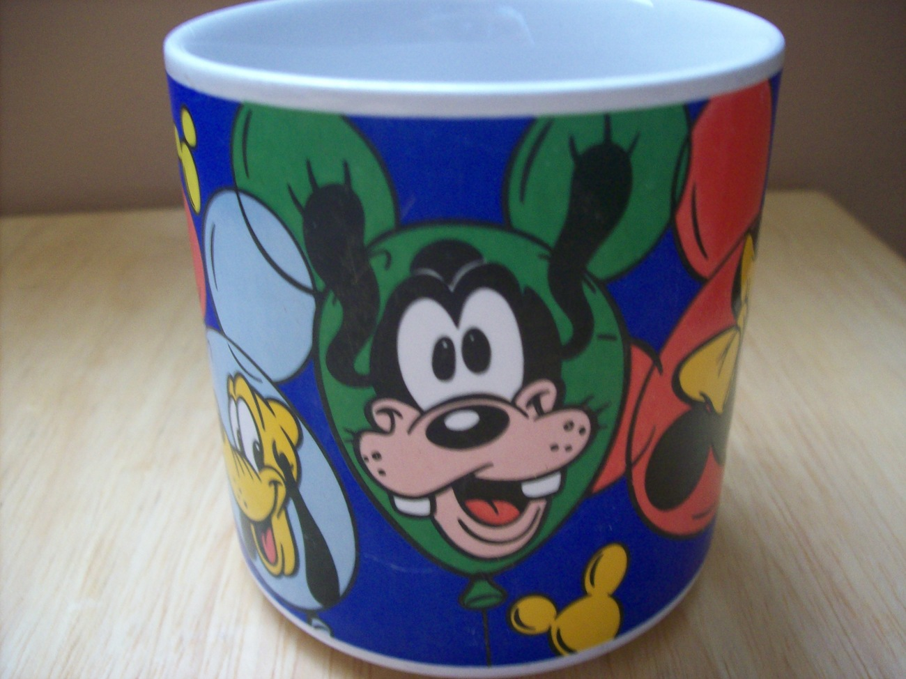 Disney Mickey & Friends Balloon Coffee Cup