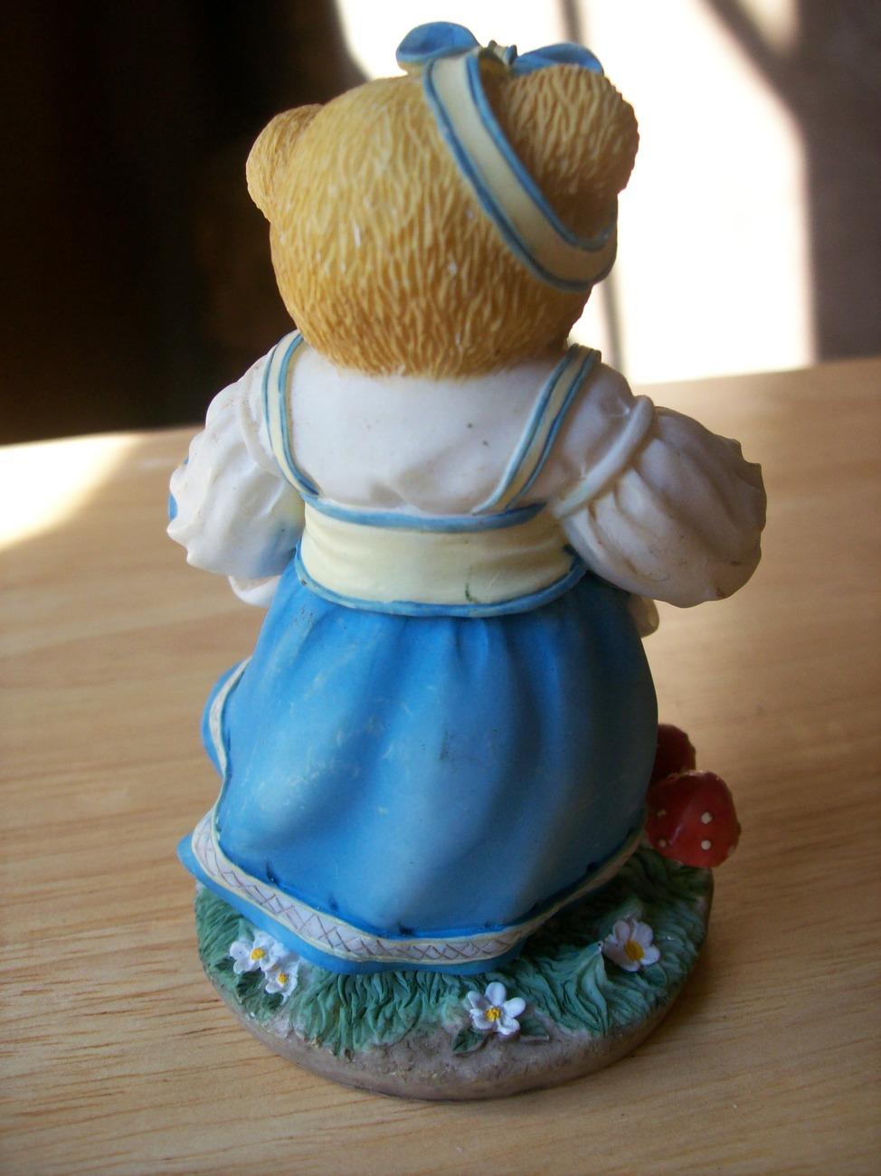 """Cherished Teddies 1997 Kelsie """"Be the Apple of my Eye"""" Figurine"""