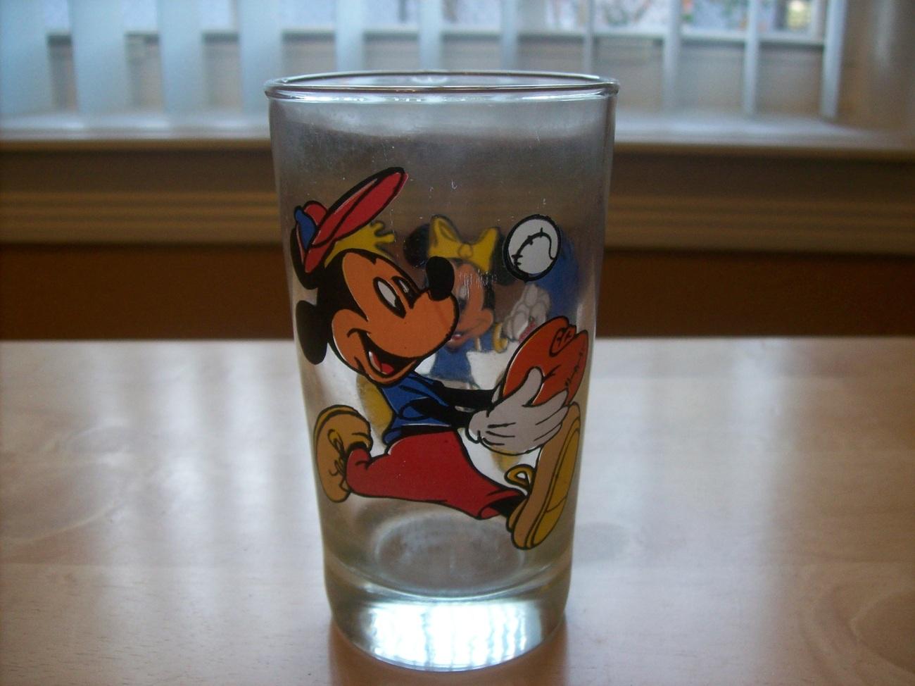 Disney Mickey & Minnie glass