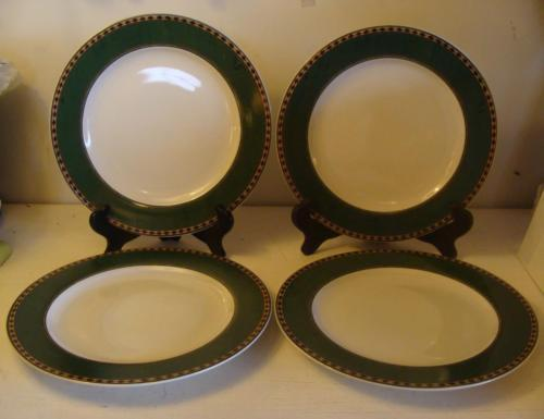 "4 Sakura Northwoods 10 7/8"" Dinner Plate Rustic Cabin Cream w/ Dk Green Border"