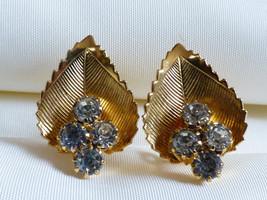 VTG gold tone metal 4 clear Crystal rhinestones link clip earrings - $20.79