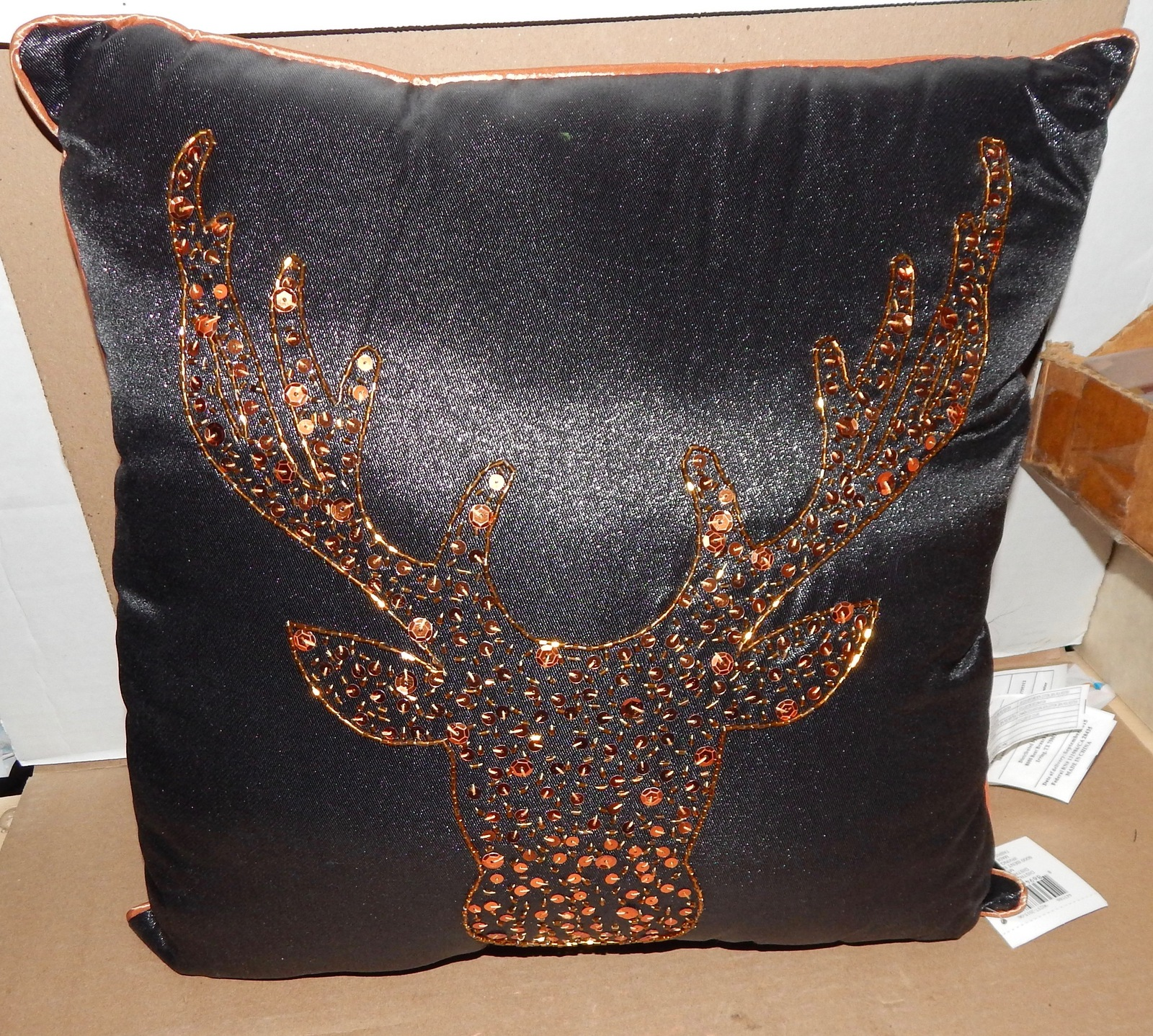 """Christmas Sequence Pillow Reindeer Fabulous Chic 16"""" Square Celebrate It 90N"""