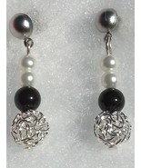 Pearl Earring, Black and White Pearls with Silv... - $24.99