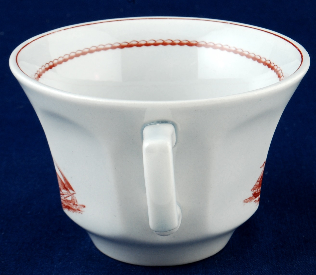 2 Wedgwood Flying Cloud Rust Cup & Saucer Sets Game Cock Clipper Ship