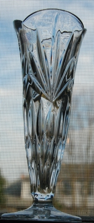 Royal Irish 24% Lead Crystal Bud Vase with product label