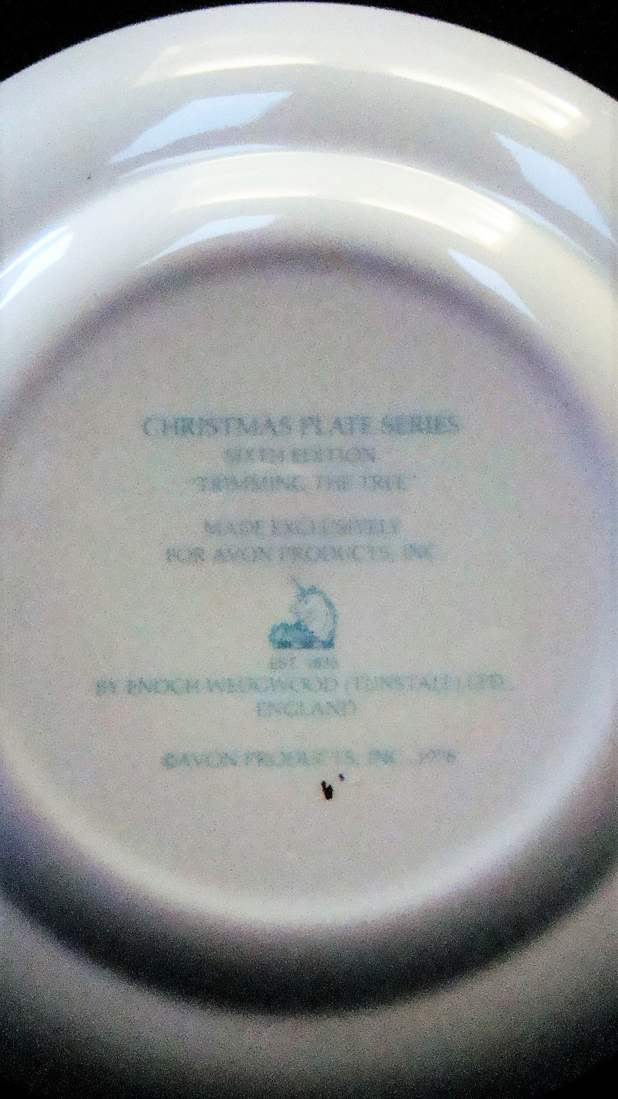 Avon Enoch Wedgwood Christmas 1978 Collectible Plate Trimming the Tree, no box image 7
