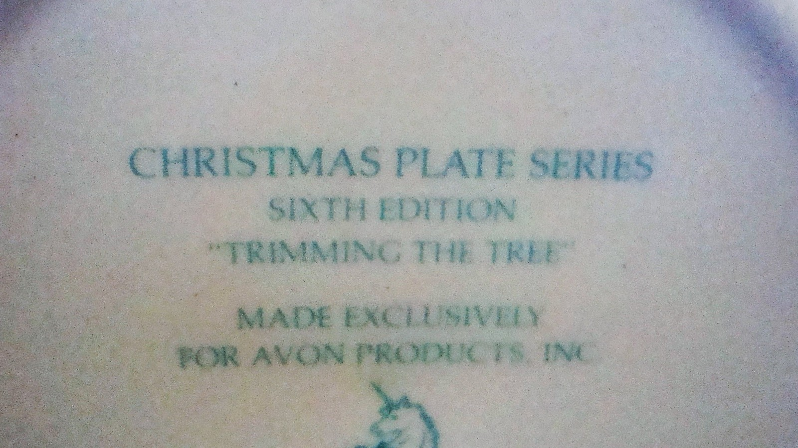 Avon Enoch Wedgwood Christmas 1978 Collectible Plate Trimming the Tree, no box image 9
