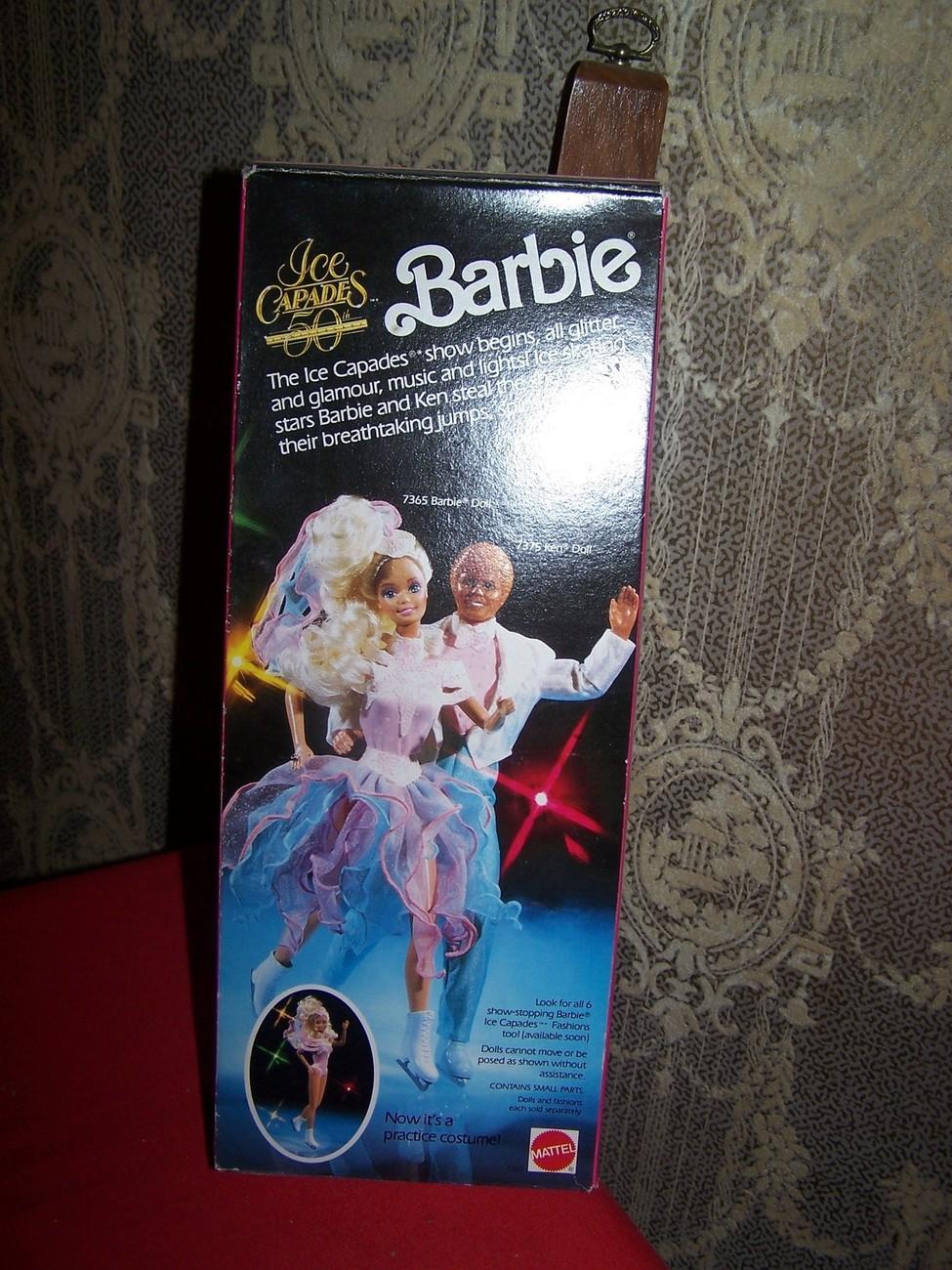 1989 Ice Capades BARBIE New in box