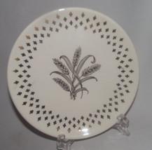 Homer Laughlin Golden Wheat Plate Fleur de lis USA Vtg Gold Salad White ... - $24.74