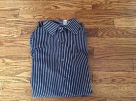 GAP Men's Long Sleeve Dress Shirt NAVY BLUE Light Blue Stripe 100% Cotton M - $18.68
