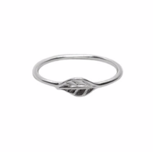 Sterling Silver Leaf Ring, 925 Sterling Silver Ring, Silver Jewelry, Gift - $16.50