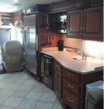 2011 Fleetwood DISCOVERY 40X Class A For Sale In Lakeland, FL 33810 image 6