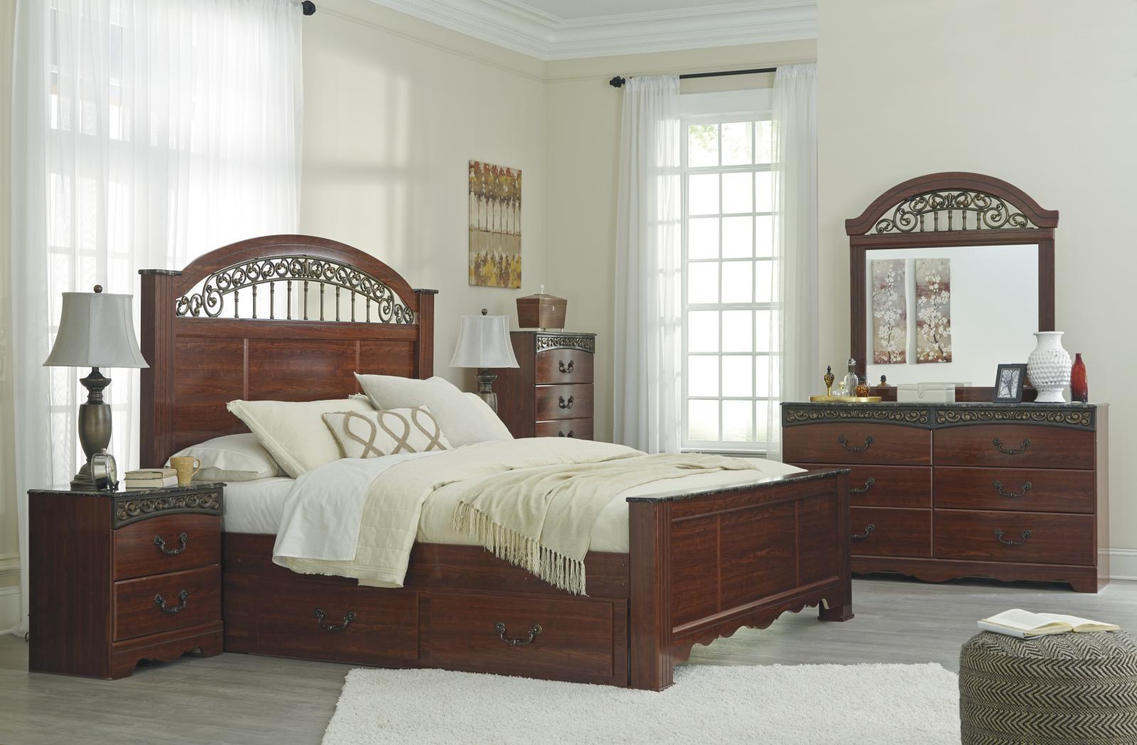 Ashley Fairbrooks Estate B105 Queen Size Poster Bedroom Set 5pcs Traditional Bedroom Sets