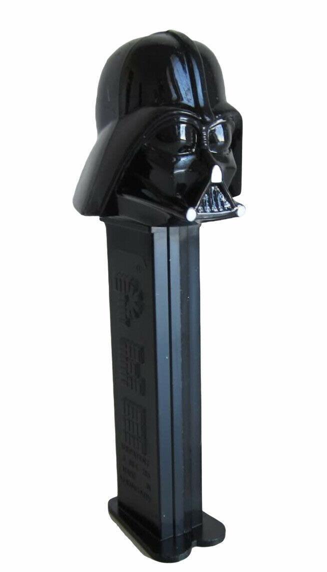 Pez Candy Dispenser Star Wars Darth Vader - $9.50