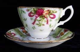 ROYAL ALBERT OLD COUNTRY ROSES RUBY CELEBRATION Green Damask TEA CUP SAU... - $59.39