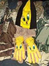 Vintage 1999 Looney Tunes Tweety Bird Gloves Collectibles Youth Size M/L... - $34.55