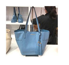 Michael Kors Ashbury grab Bag Large Pebble Leather Shoulder Purse NWT Blue - $2.407,03 MXN
