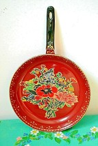 "Decorative Hand Painted Pan Wall Hanging ""Bouquet of Flowers"". Signed - $18.41"